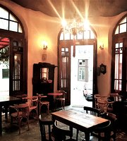 Doukas Art Cafe
