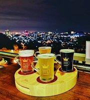 D'nest Bar & Grill