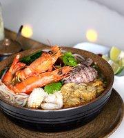 Hai Ngu Ong Seafood Restaurant & Coffee