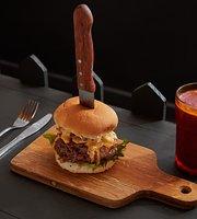 Flamed Burger