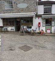 Lerryn River Stores