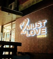 Must Love Kitchen