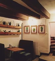 Dobro Cafe