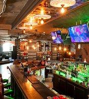 Bar & Restaurant Loft