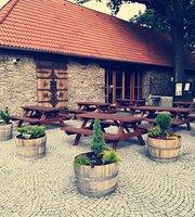 Stodola Herink Restaurant & Wine bar