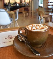 Juan Valdez Cafe Hub Hotel