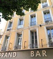 Grand Bar Pierre