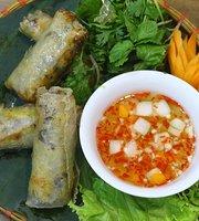 Hoang's Restaurant