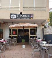 7 Keys  Bar & Bistro
