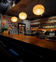 Maklalu Bar