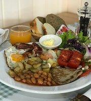 Maestro Gelato Cafe, Breakfast & Bakery