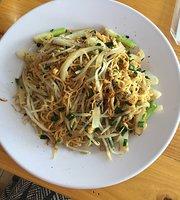 Sophie Homy Cafe & Food