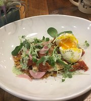 Heirloom Cafe & Provisions