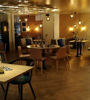 Rantasipi Airport Hotel Restaurant