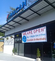Macaw Cafe & Bar
