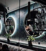 LuLu Restaurant & FumoLab