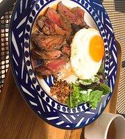 Muu Muu Diner Fine Hawaiian Cuisine Nu Chayamachi Plus