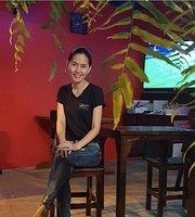 Santi Bar & Bistro, Santitham