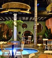 Patio Querido - Jardín de Delicias