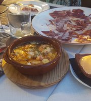 Tapeo Ibiza Wine Bar & Tapas