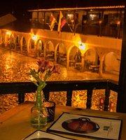 Tarima Live Music Bar and Restaurant