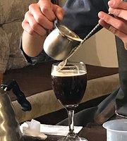 La Estrategia Cafe
