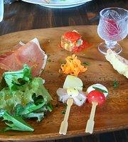 Dining Futariya