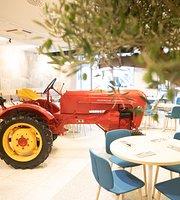 Traktor Farmfood Restaurant