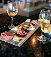 La Fe Wine Bar
