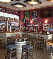 In ROCK cafe bar