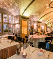 Walliser Keller The Swiss Restaurant