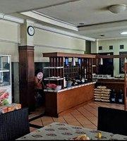 Restaurant Lesehan Wina