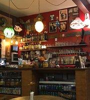 Café & Arte Empório