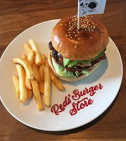 Red's Burger Store Ikuwa