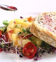 Im Anna France French Vegetarian Restaurant
