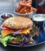 Vegan Snackbar 1 by Attila Hildmann (Bio)