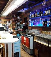 Tutty´s Bar & Cafe