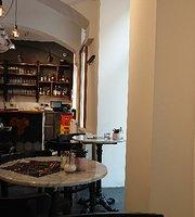 Florentin 1070 - Middle Eastern Restaurant