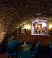 ArtPiwnica Restaurant&Club