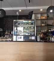 160 Hobsonville Point Cafe