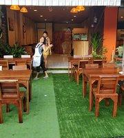 KIN-D Restaurant
