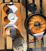 Loafa Bakery & café