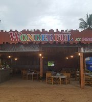 Wonderful Restaurant & Bar at Pinky Beach