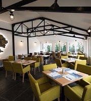 Harmonia Hotel and Restaurant