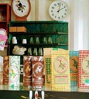 Aura Cafe