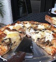 Prima Pizzeria