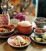 Chį Hoa Vietnamese Cuisine