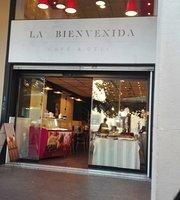 La Bienvenida Cafe & Deli