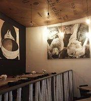 Cerna Hvezda Cafe