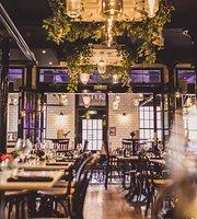 Rosylee Restaurant & Bar